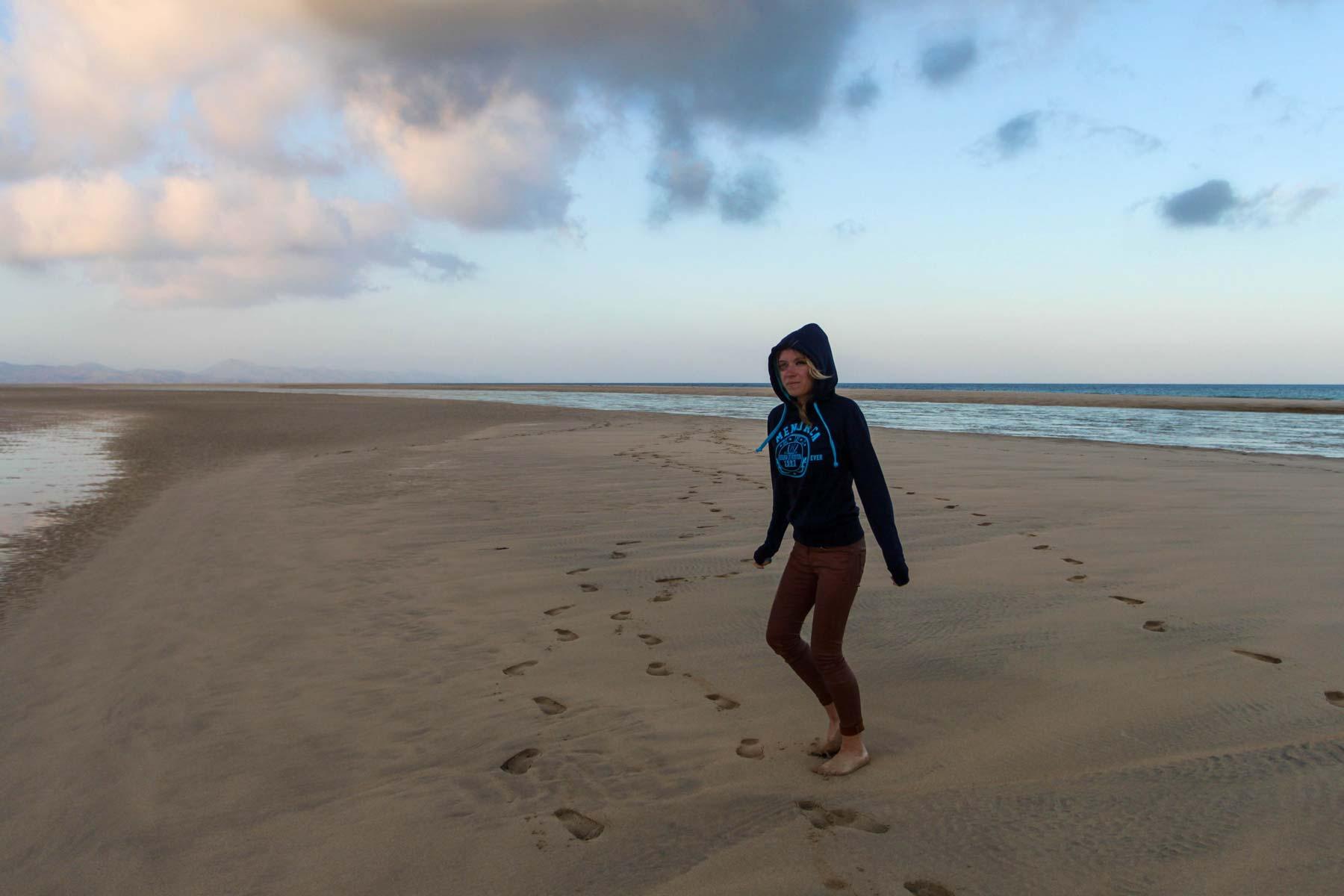 Босиком по пляжу Фуэртевентуры