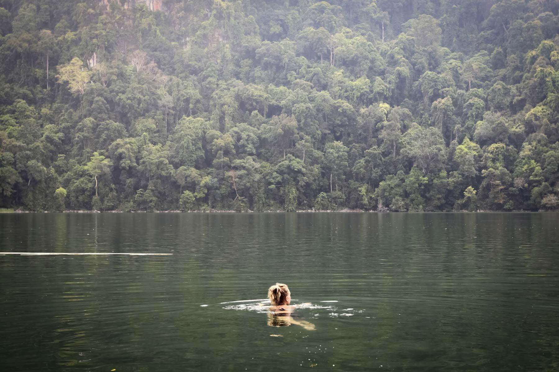Озеро Беременной Девы - свободный заплыв