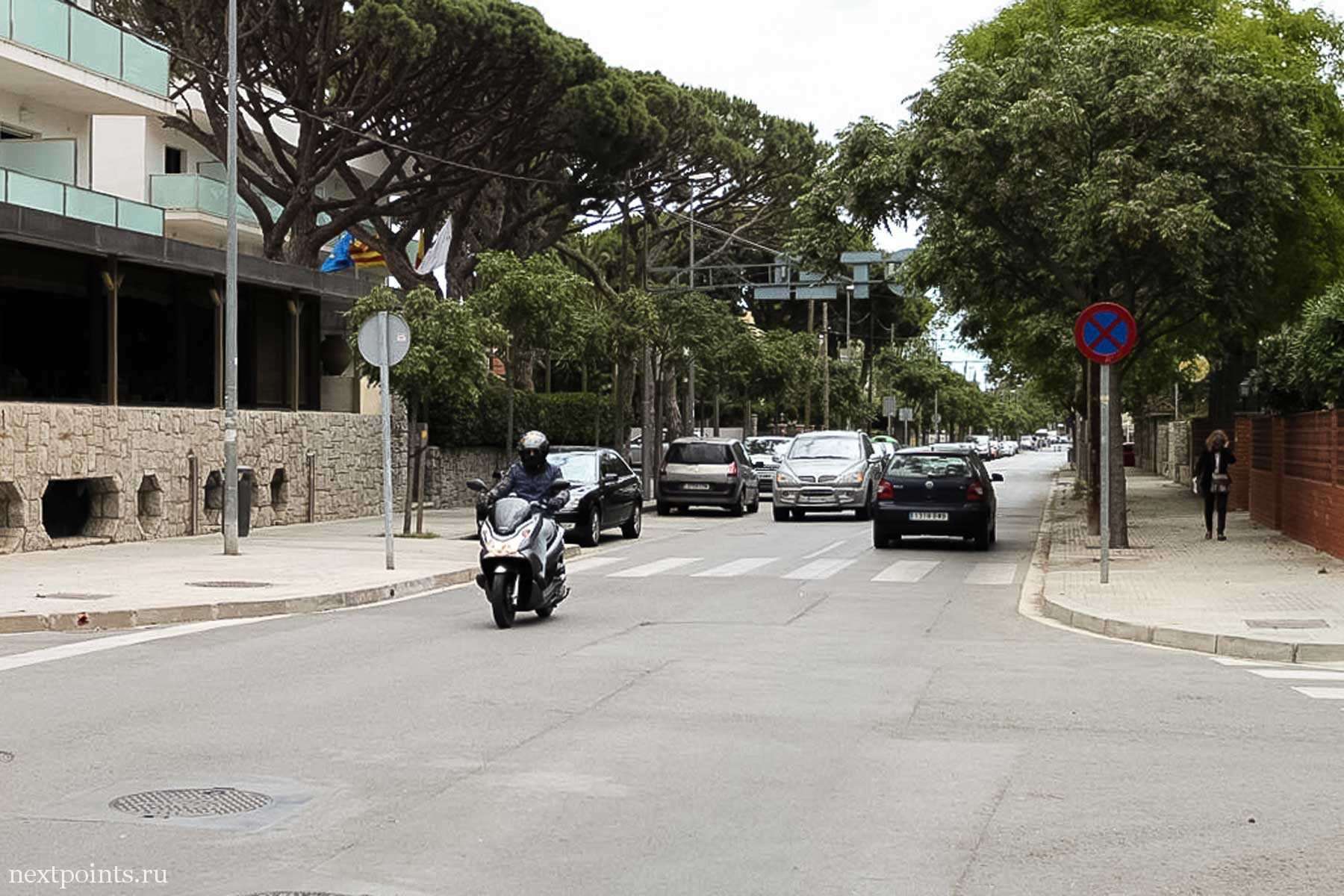 Одна из улиц города Кастельдефельс