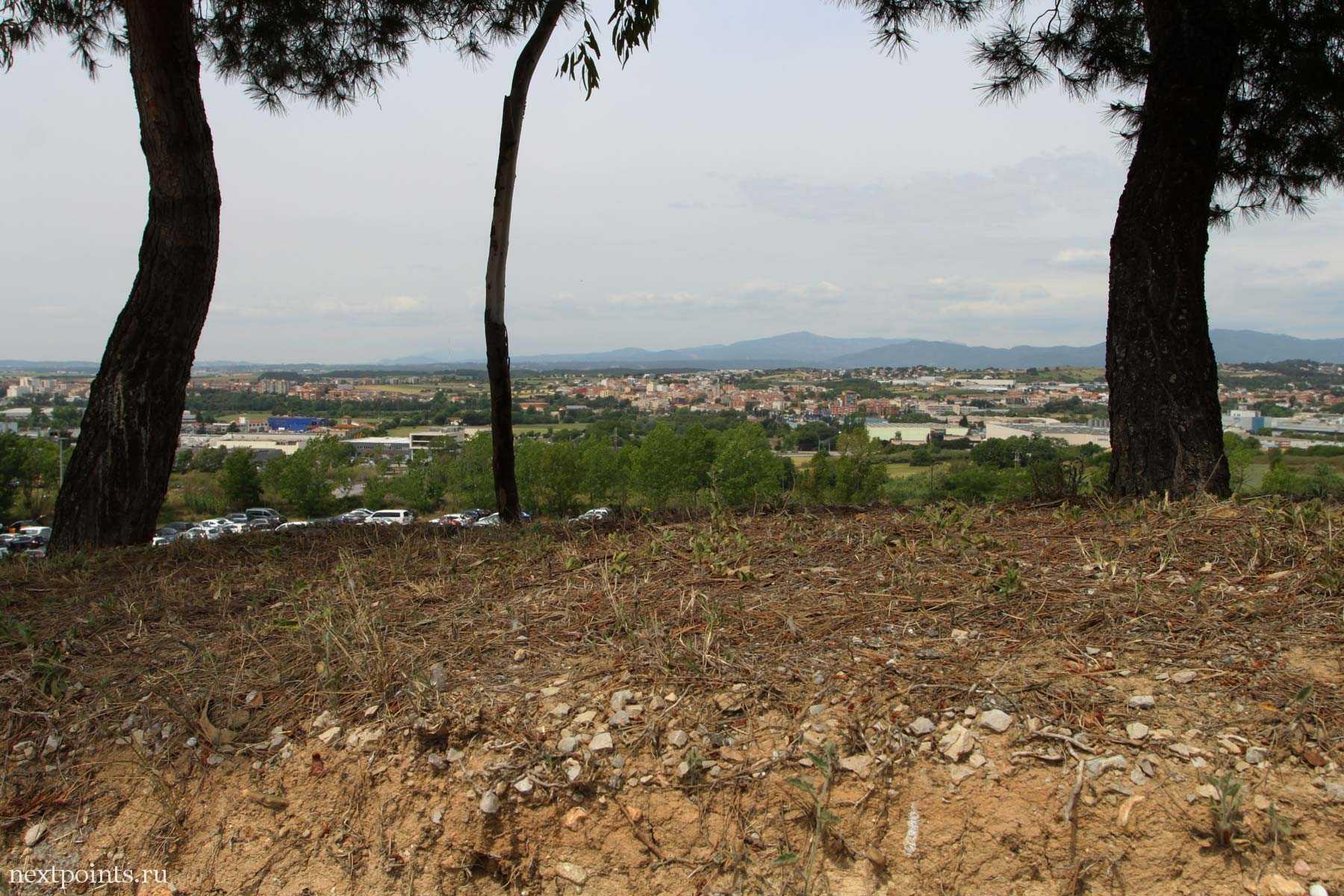 Вид на Montmelo