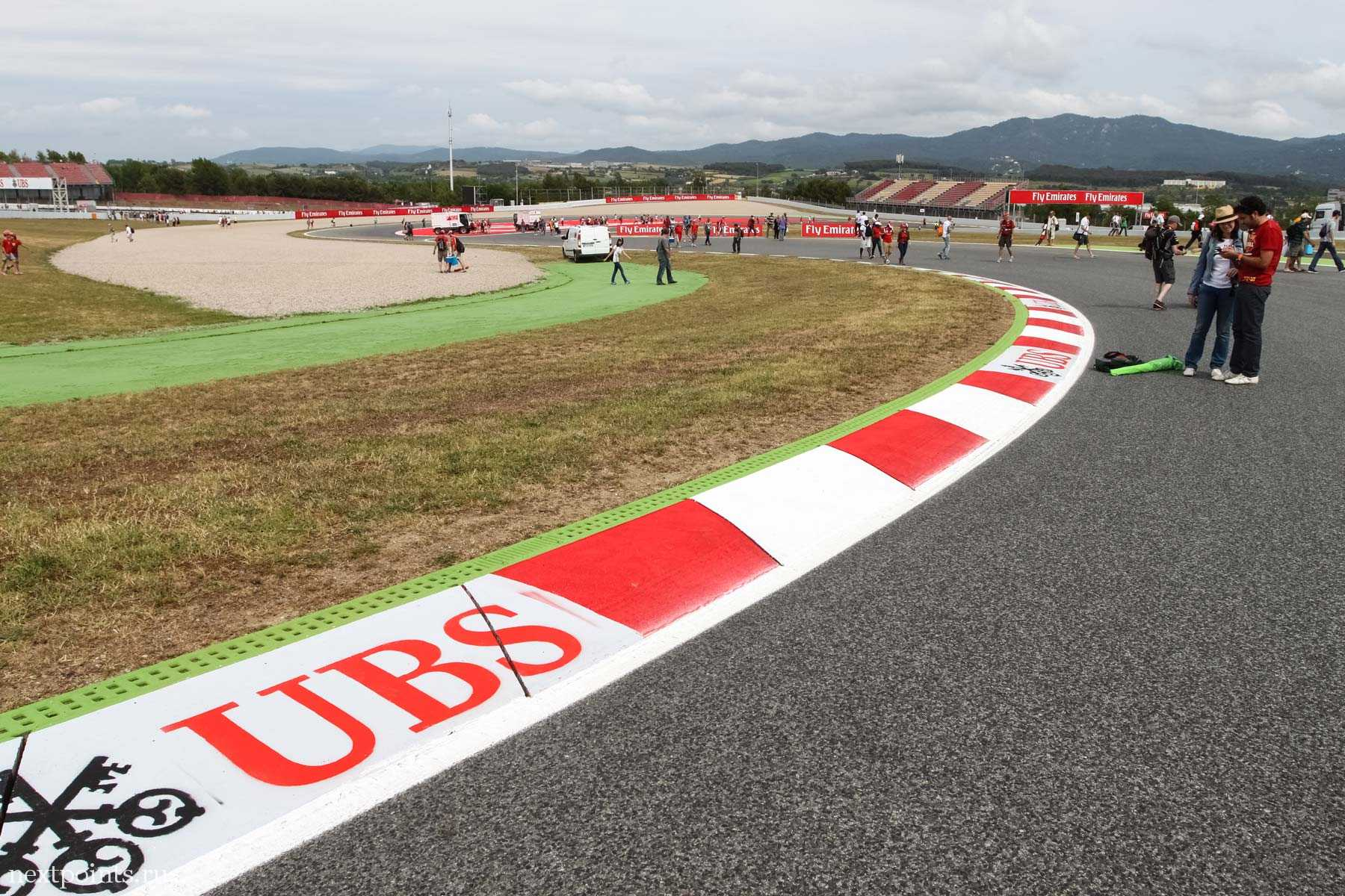 Гуляем по трассе Формулы 1 в Испании
