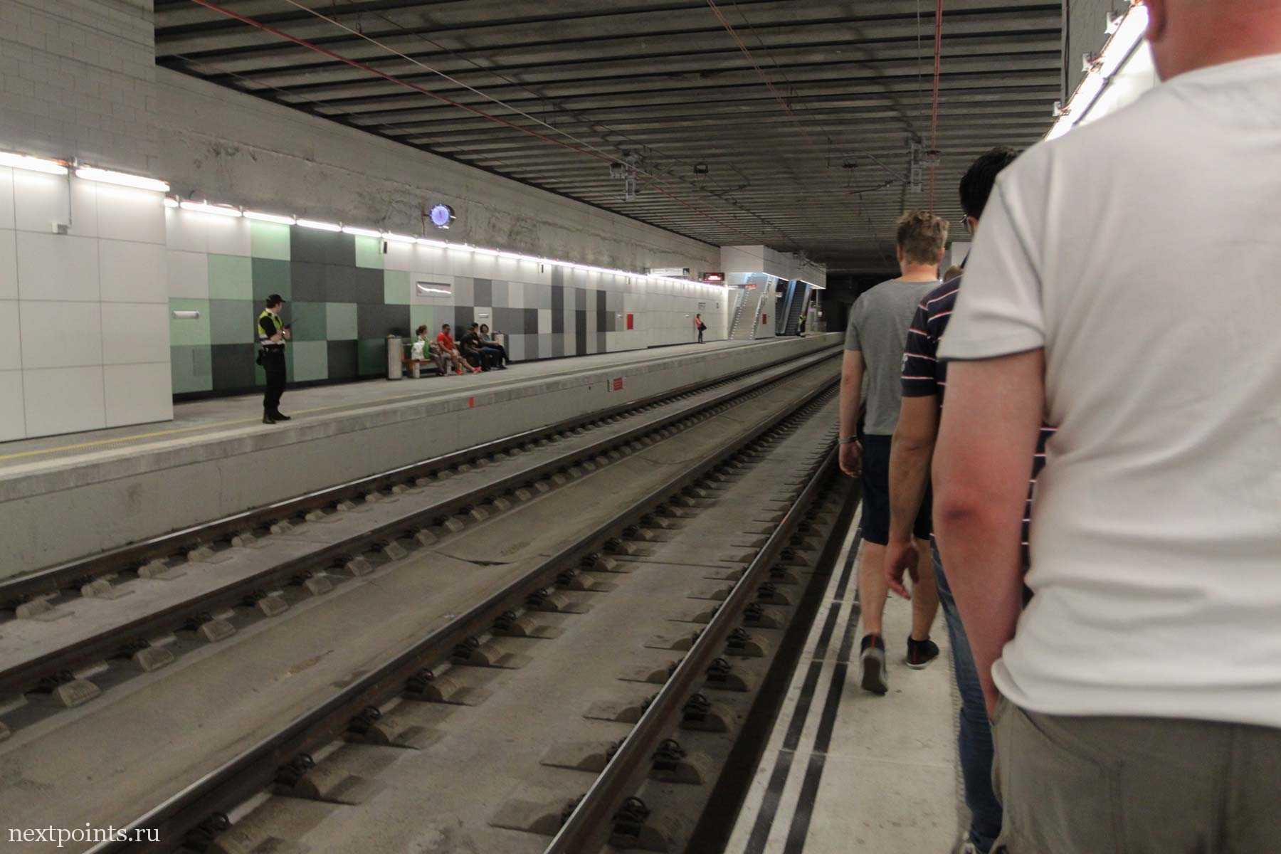 Прибыли на железнодорожную станцию Montmelo