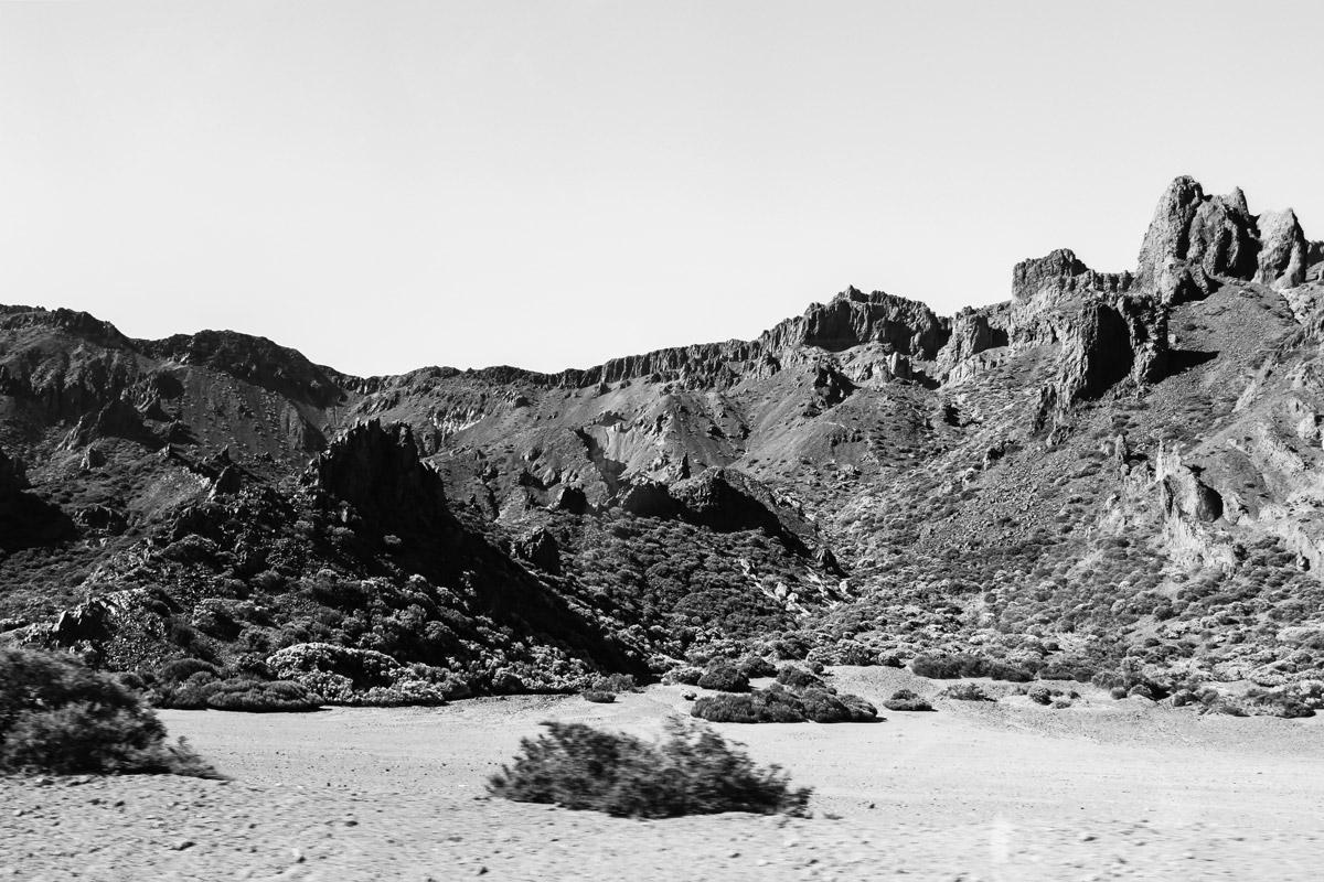 Черно-белая кальдера вулкана Тейде