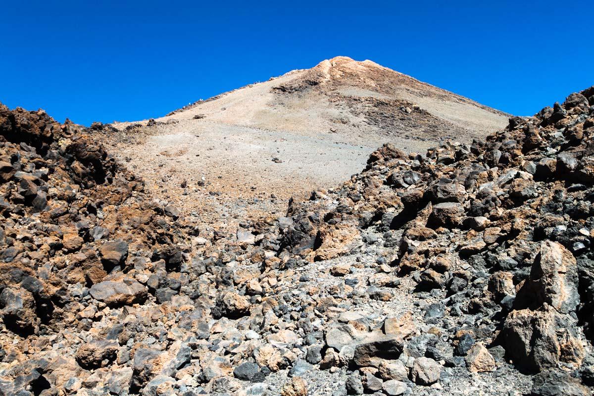 Вид на вулкан Тейде снизу