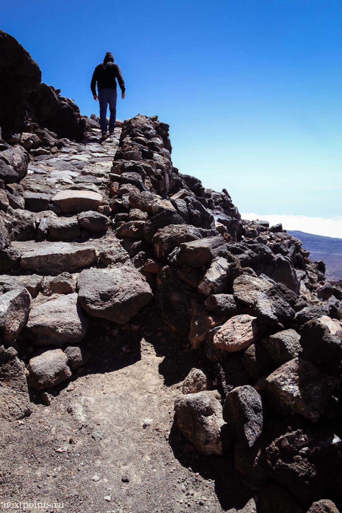 Ступени тропы по горе Тейде