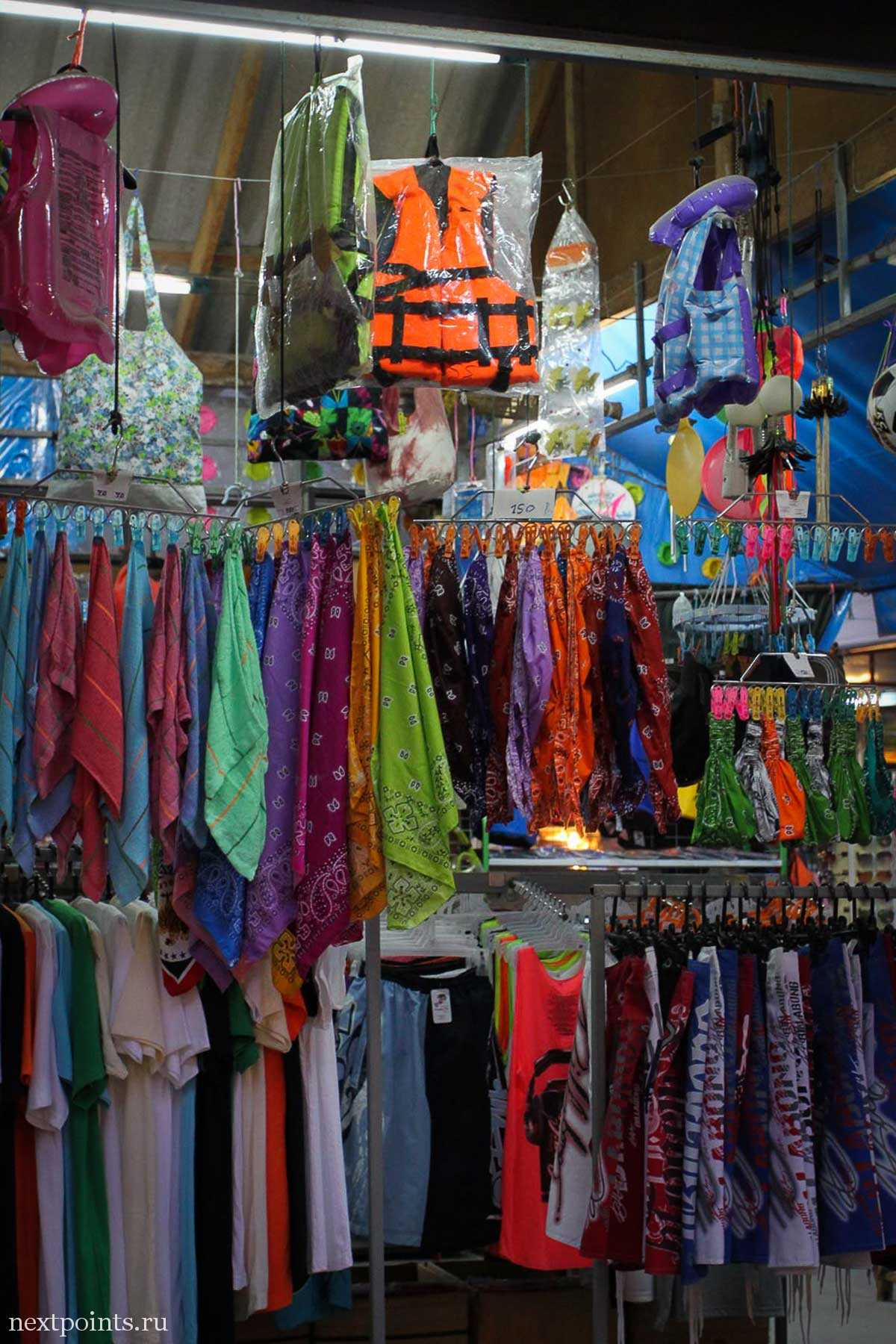 Магазин с пляжной одеждой на Ко Липе