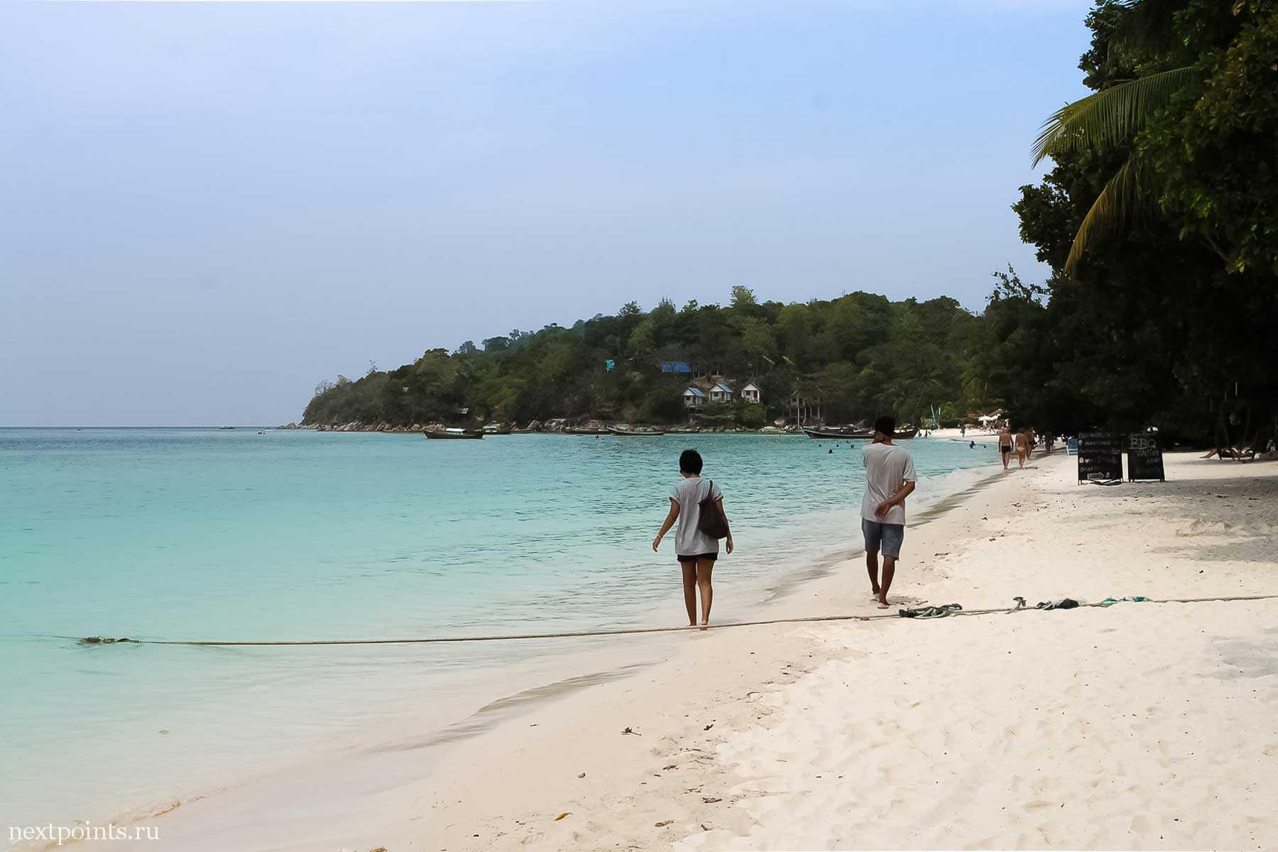 Пляж Паттая днем, предвкушаем тайский массаж