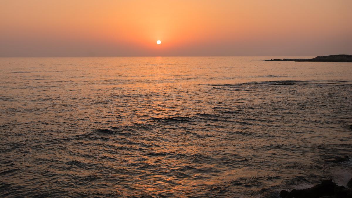 Закат на Кипре