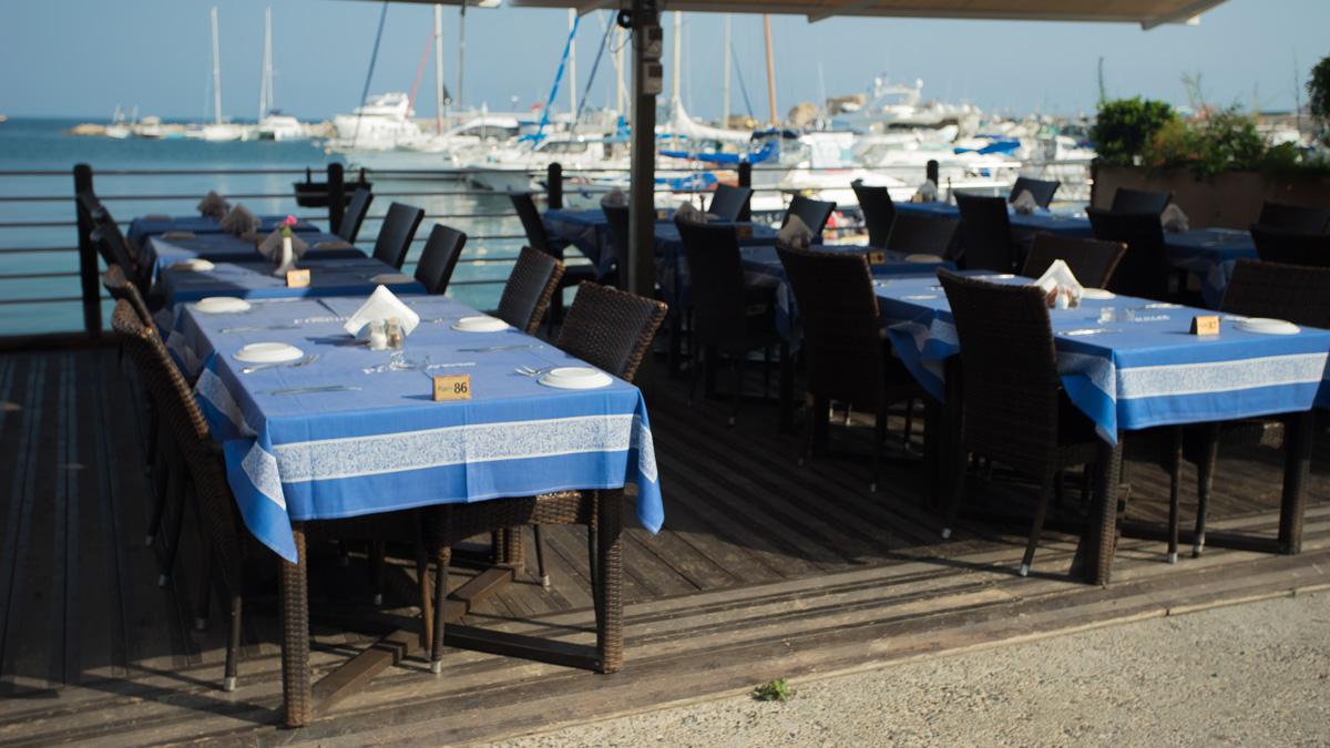 Ресторанчик в порту Пафоса