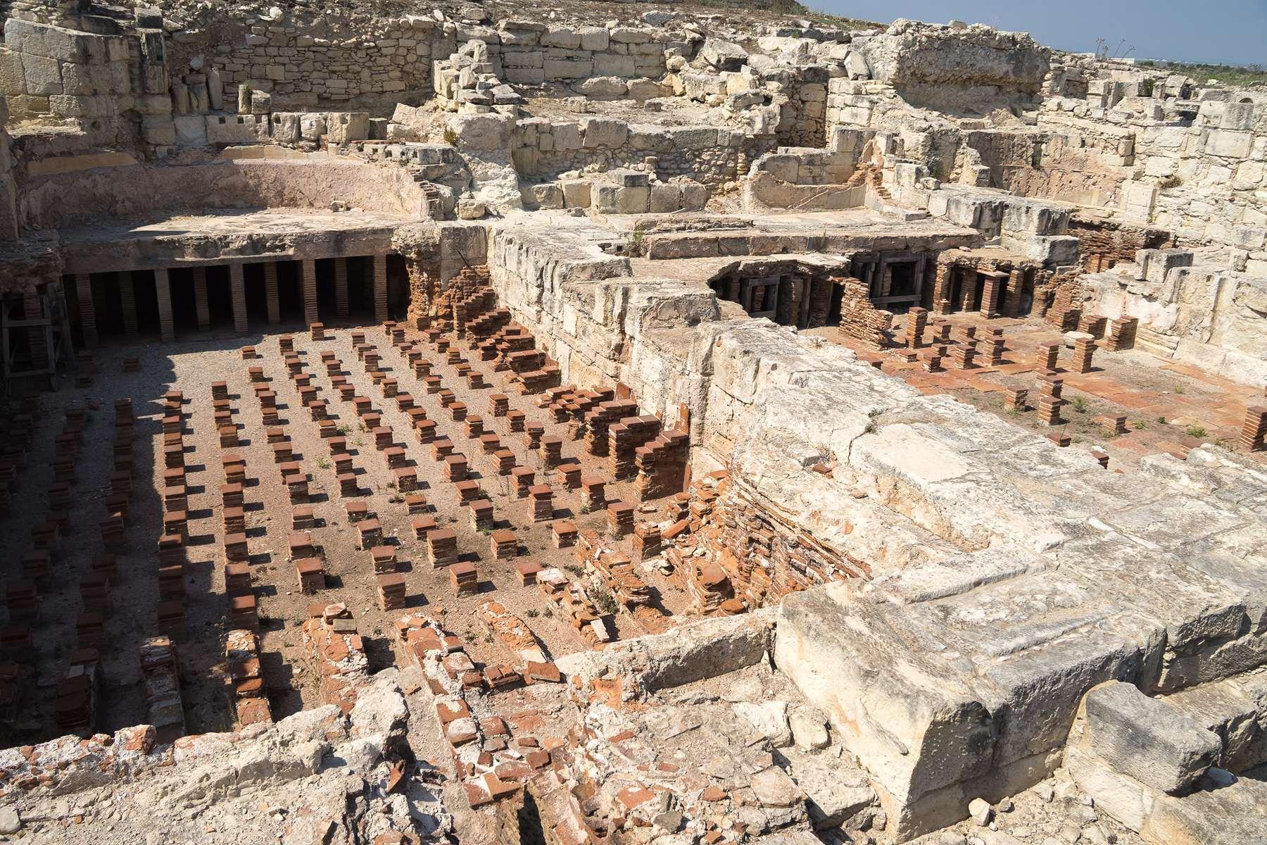 Нимфейон (святилище нимф) в Курионе