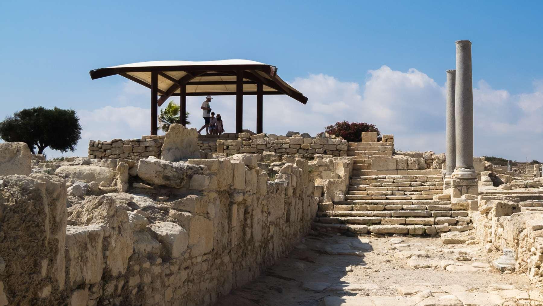 Епископская базилика в Курионе на Кипре