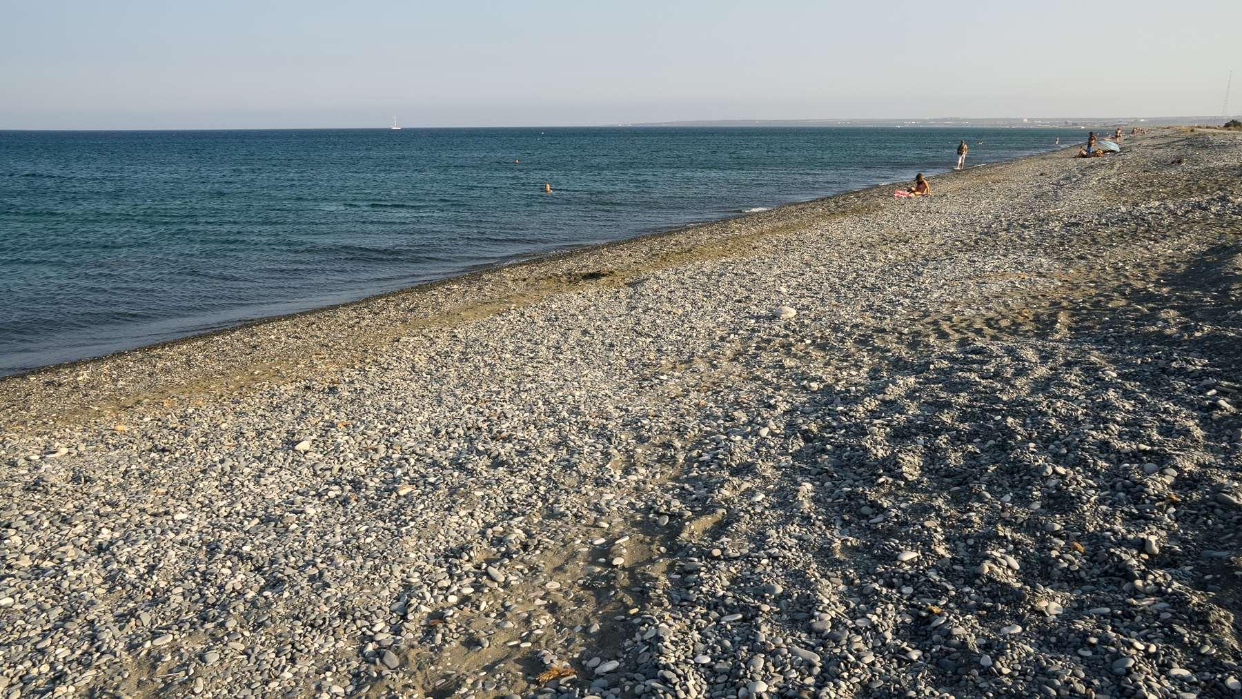 Галечный пляж Lady's mile