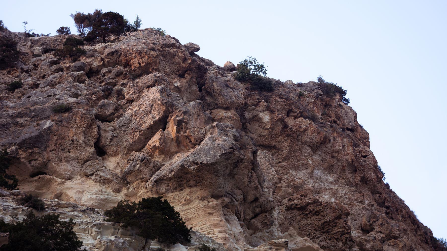 30-ти метровые скалы Авакаса