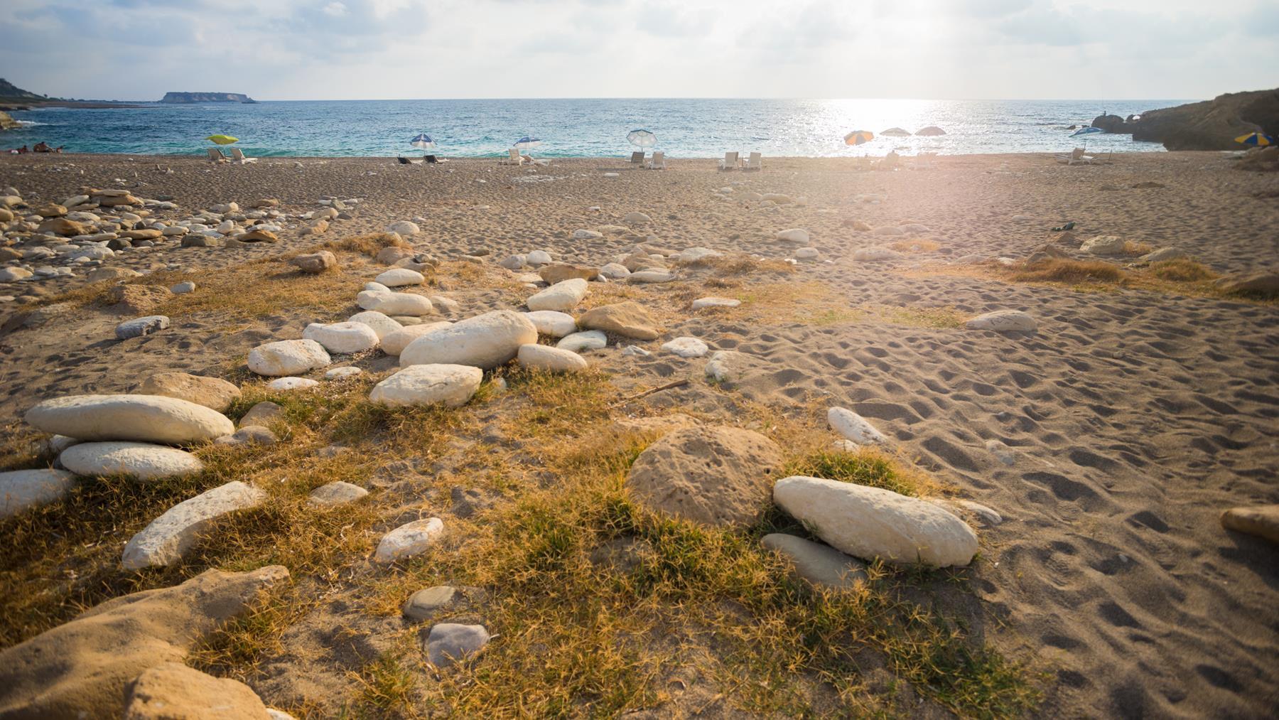 Пляж Пафоса перед пещерой Авакас