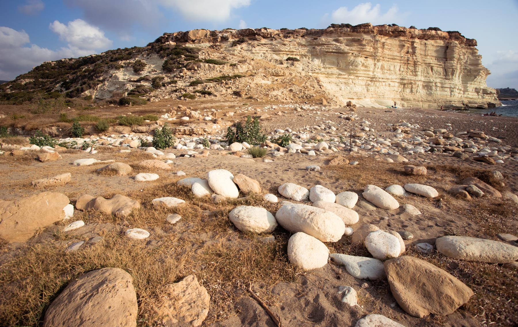 Каменный лабиринт пляжа Пафоса