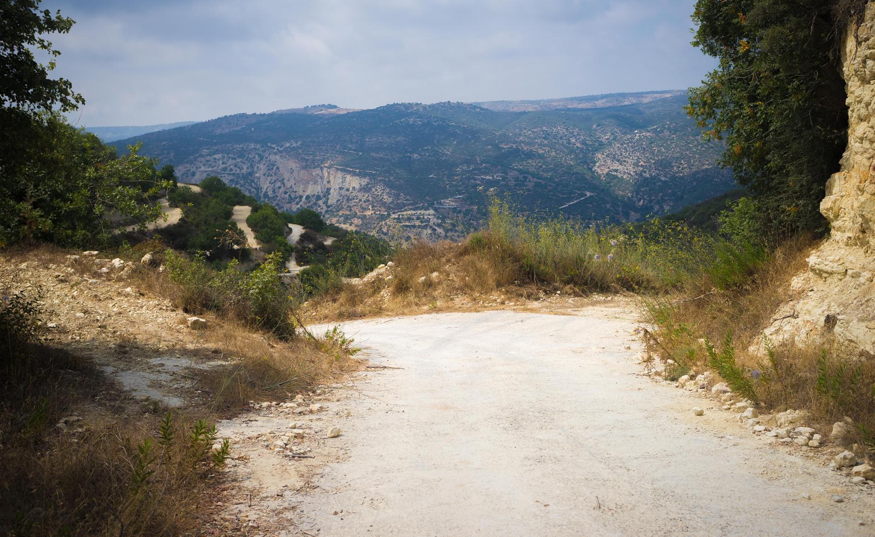 Развилка дороги после деревни Koili