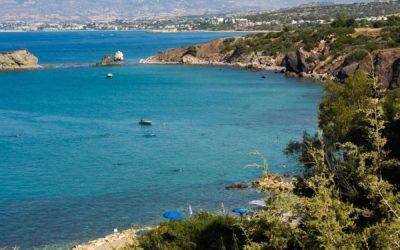 Пляж около ванн Афродиты на полуострове Акамас