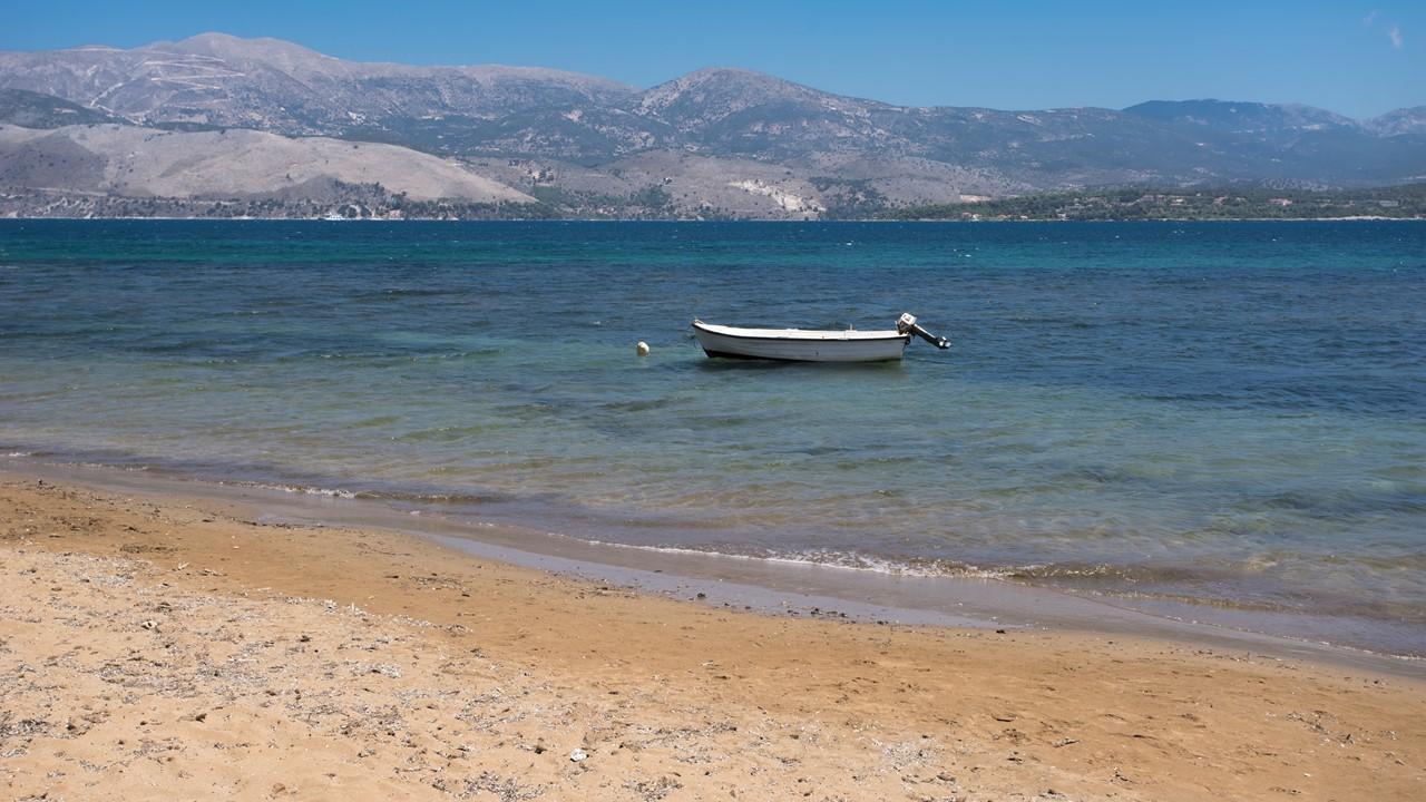 Море на пляже Лепеда (Lepeda) на Кефалонии