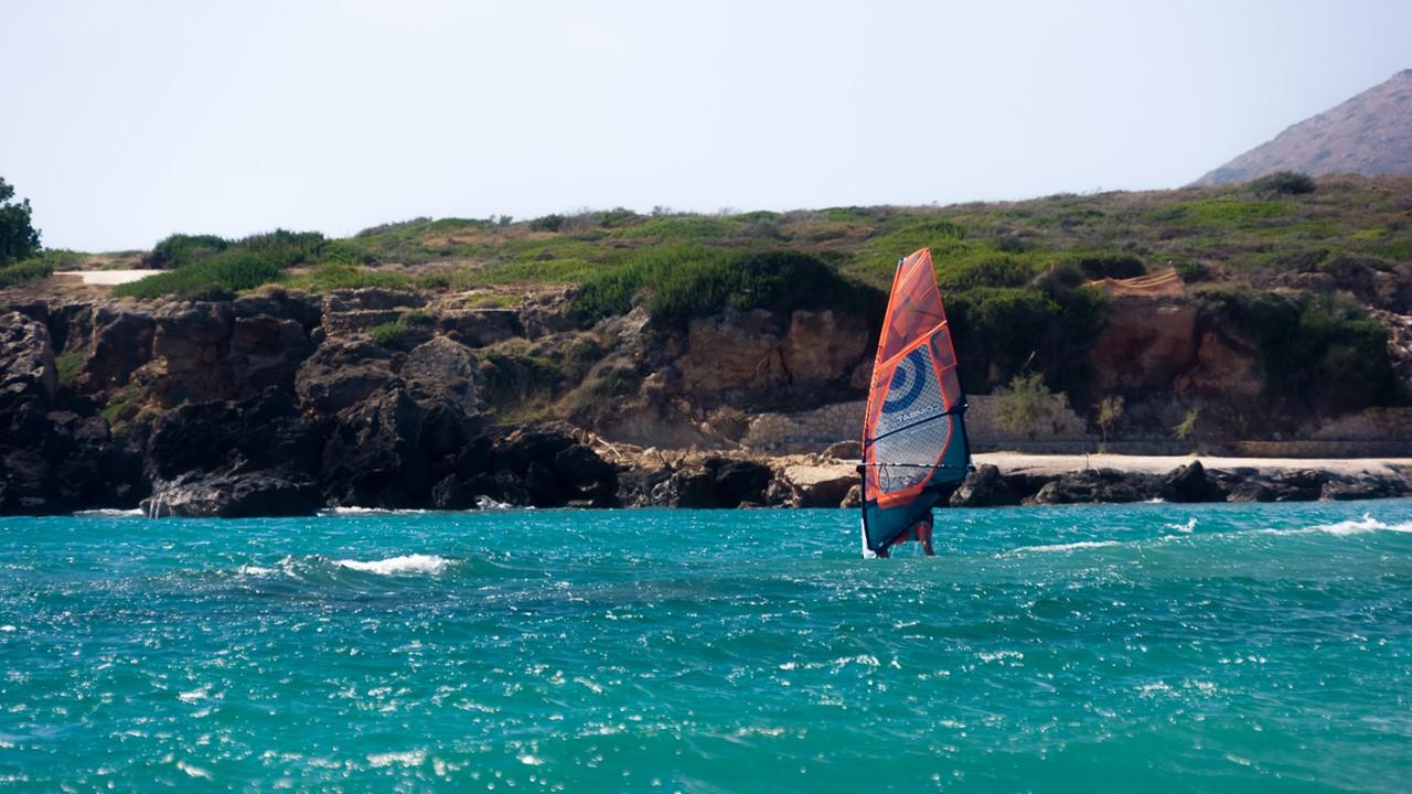 Спортсмен в греческих водах Кефалонии