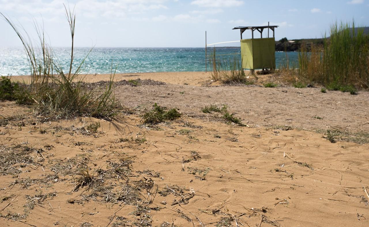 Кабинка для переодевания на пляже Врахинари (Vrahinari) на Кефалонии