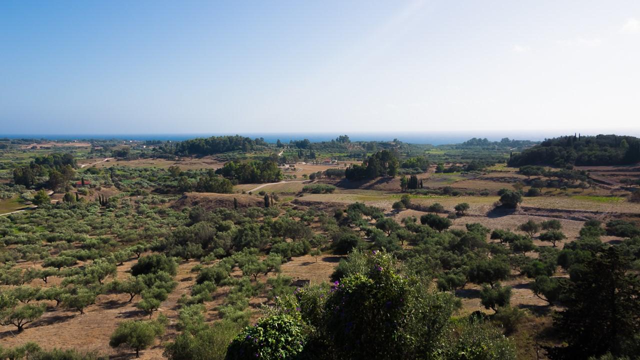 Панорамный вид со стороны деревни Хавриата (Chavriata)