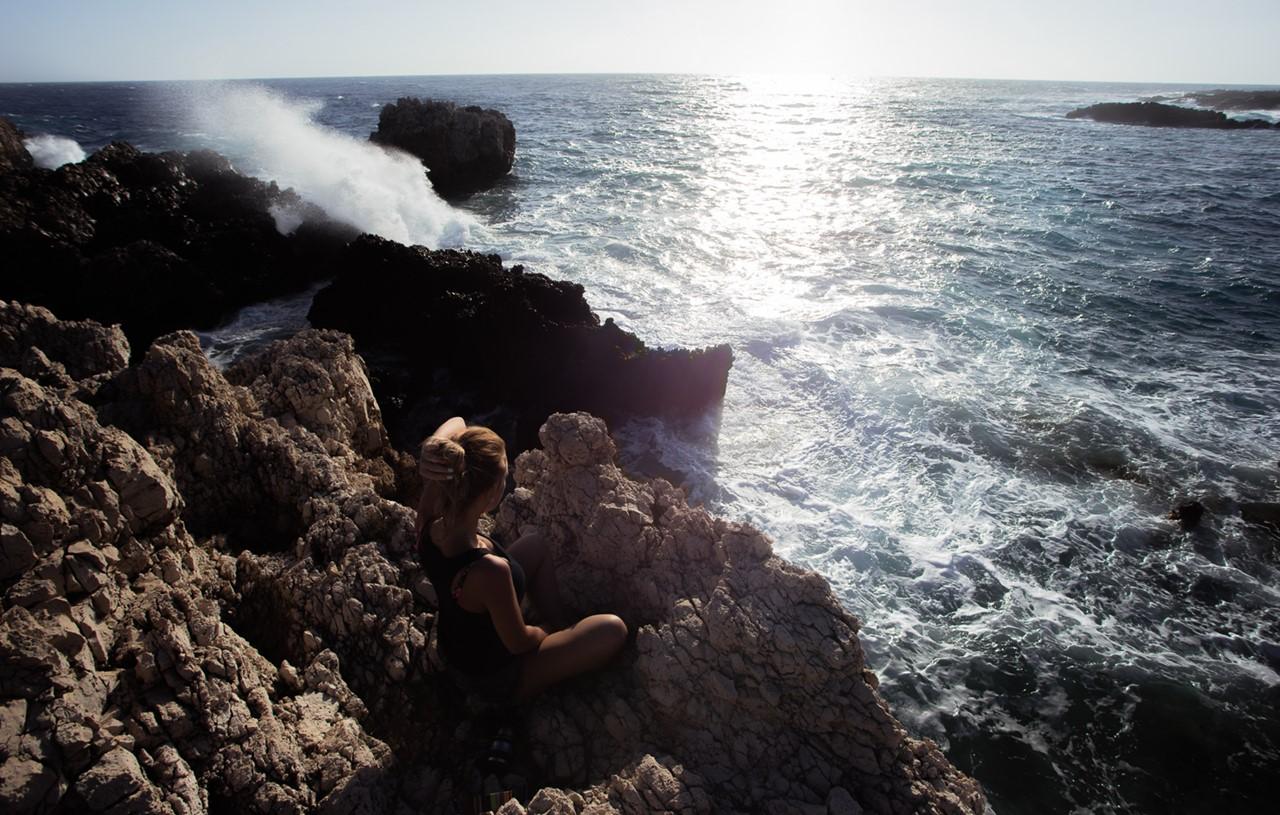 Морские гейзеры около маяка Герогомпос