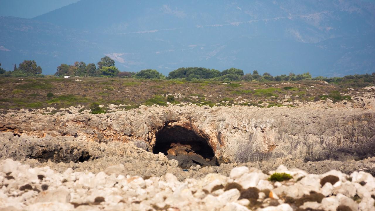Водные пещеры Кефалонии