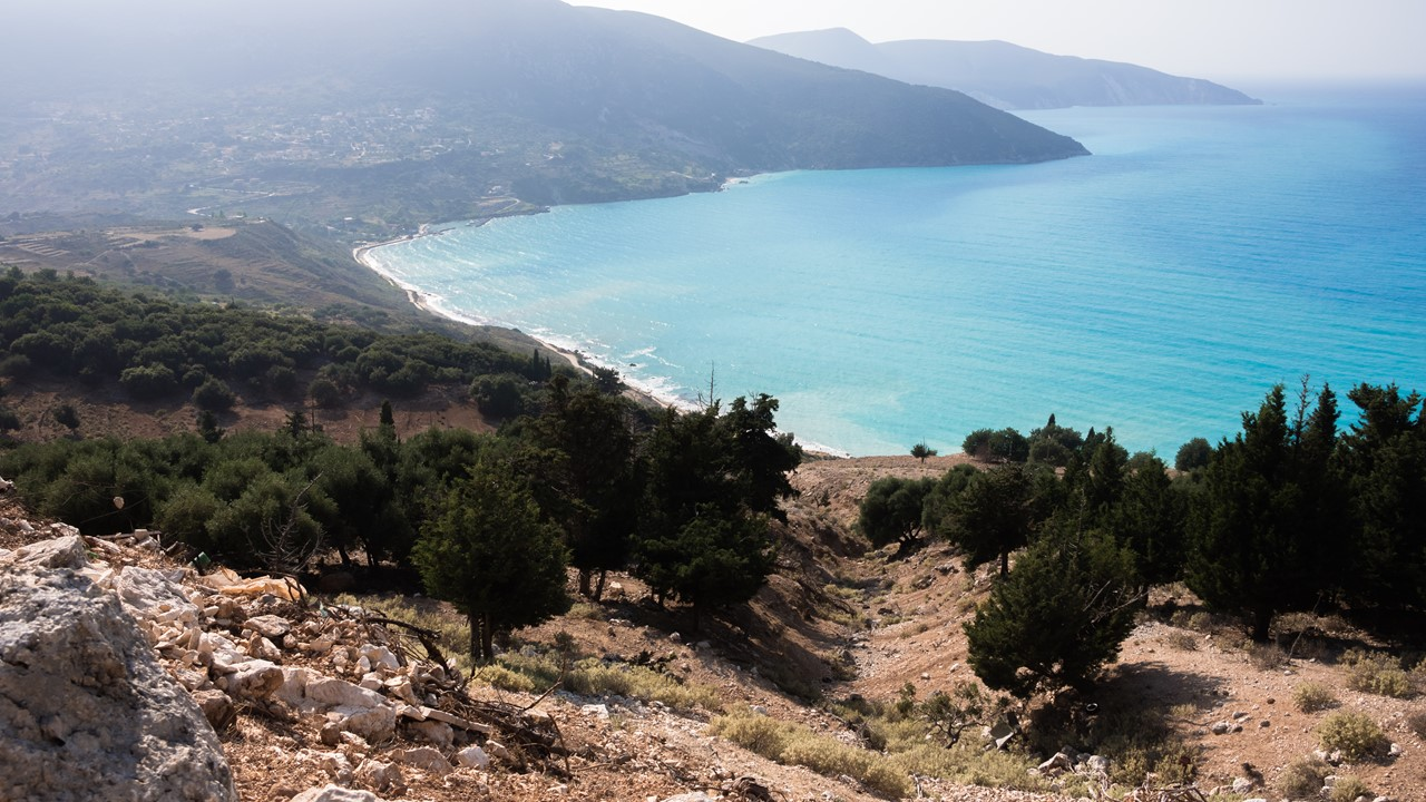 Какой-то пляж по пути к пляжу Миртос