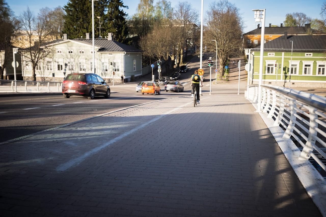Переходим по мосту Aleksanterinkatu silta