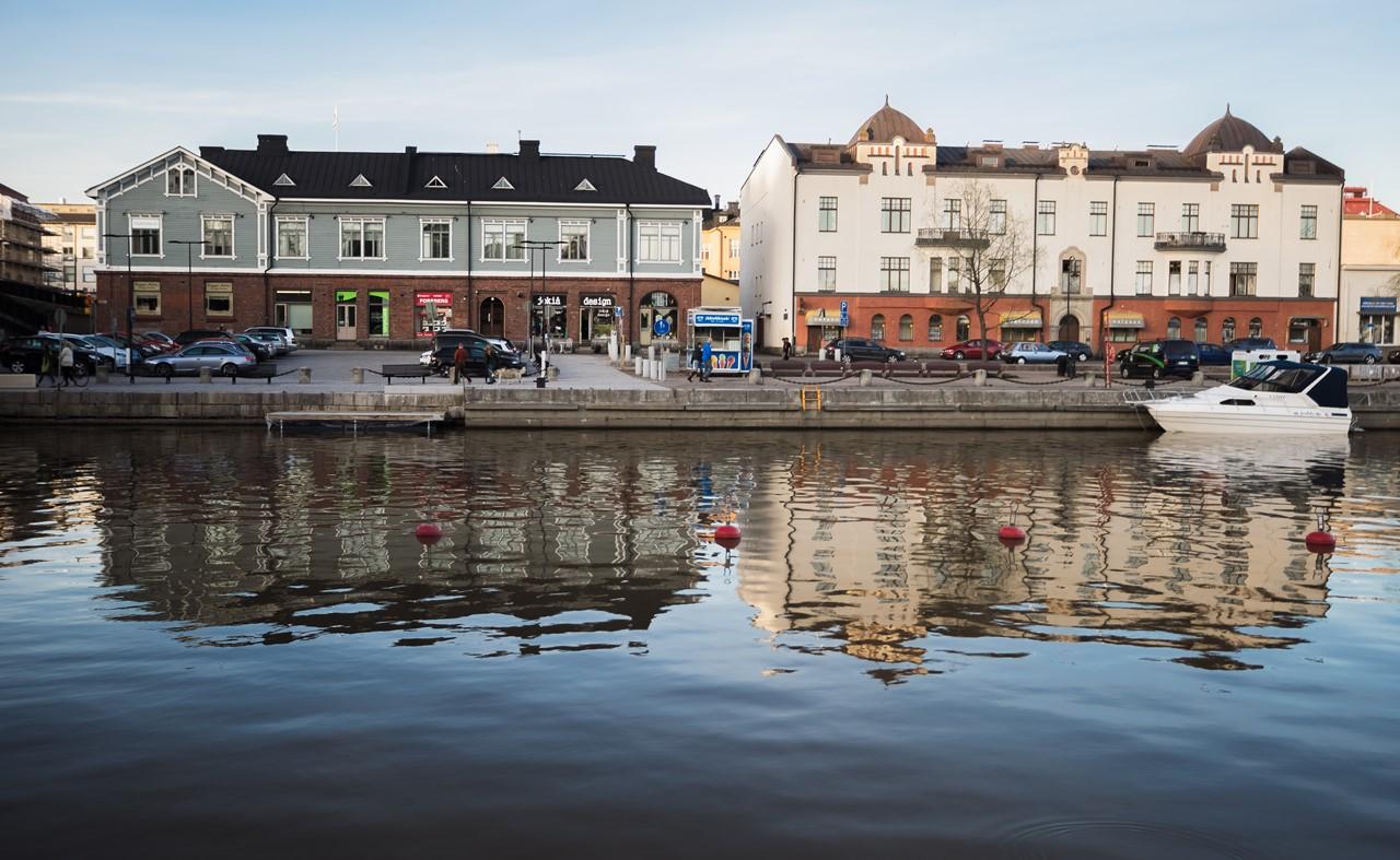 Набережная городка Порво в Финляндии