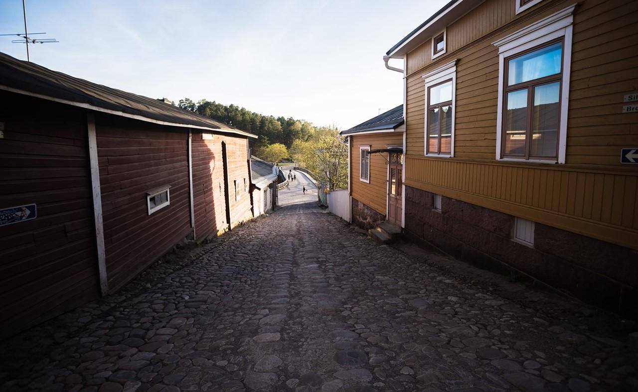 Дорога, ведущая к набережной