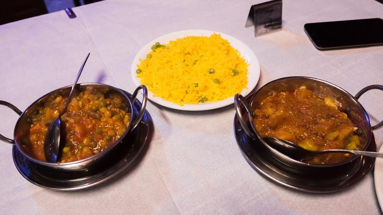 Рис басмати и индийское карри