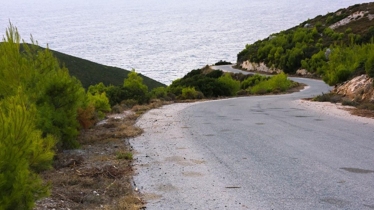 Дорога в Porto Selinas