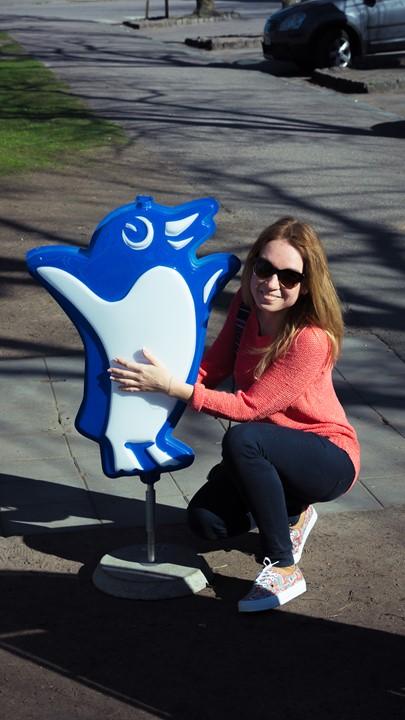 Я с логотипом-пингвином мороженого