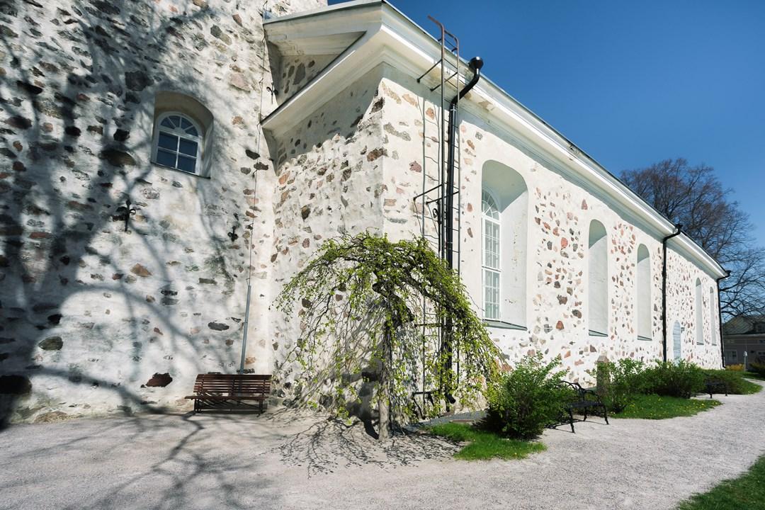 Стена собора Экенэс
