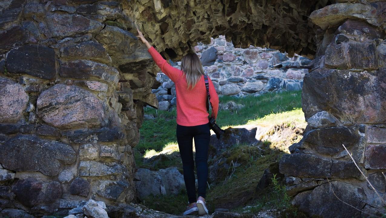 Гуляем по руинам Расебогрского замка