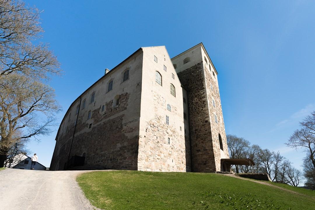 Начиная с 17-го столетия в Абоском замке размещалась тюрьма, хранилище и казарма