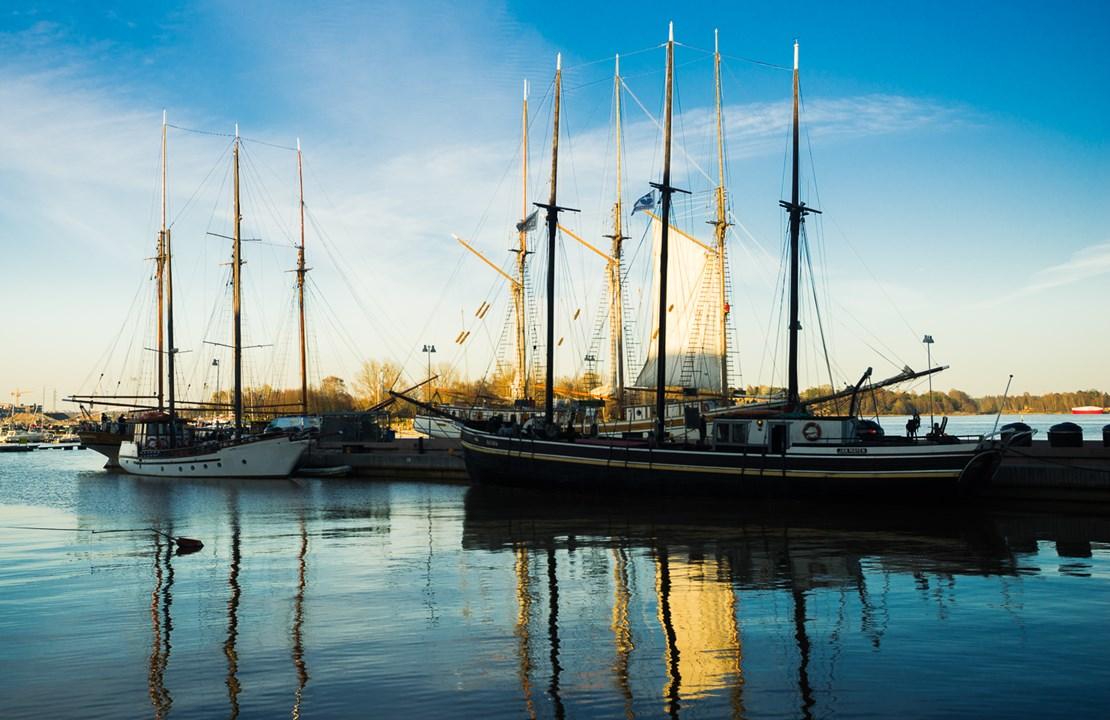 Причал с личными корабликами в Хельсинки