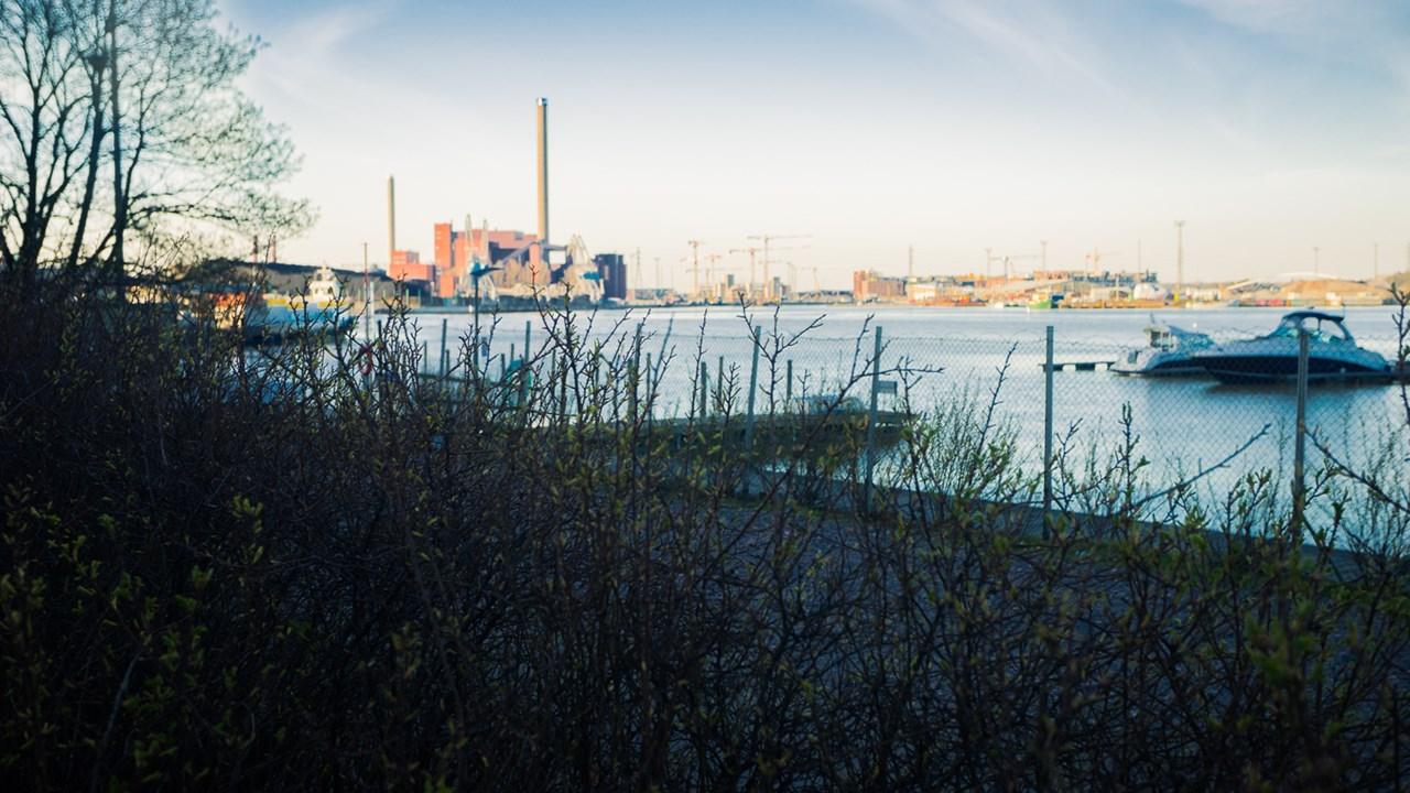 Вид на индустриальную зону Хельсинки