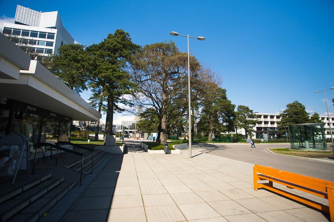 Площадь перед Центром культуры в Эспоо