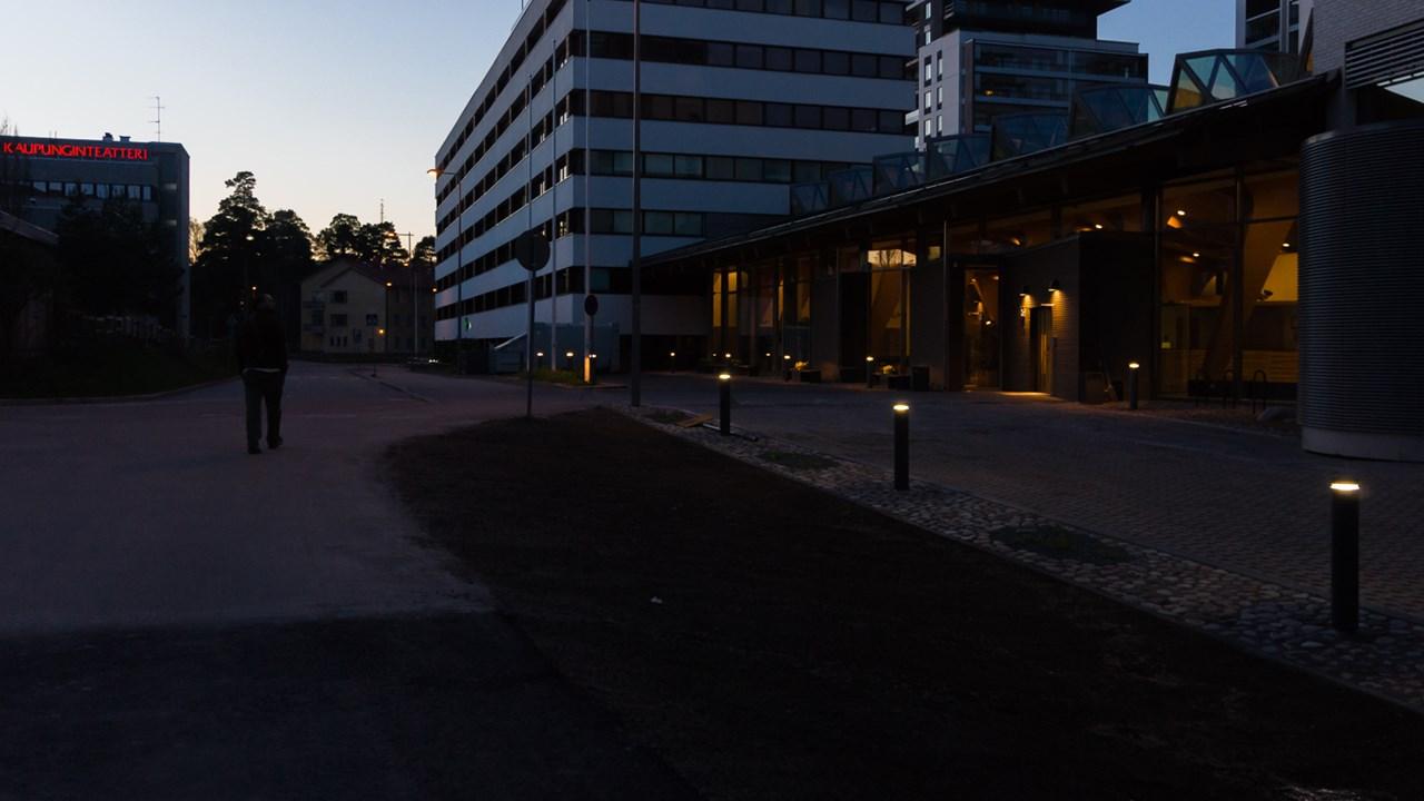 В Эспоо в Финляндии находятся главные офисы различных компаний, в том числе в области исследований и высоких технологий