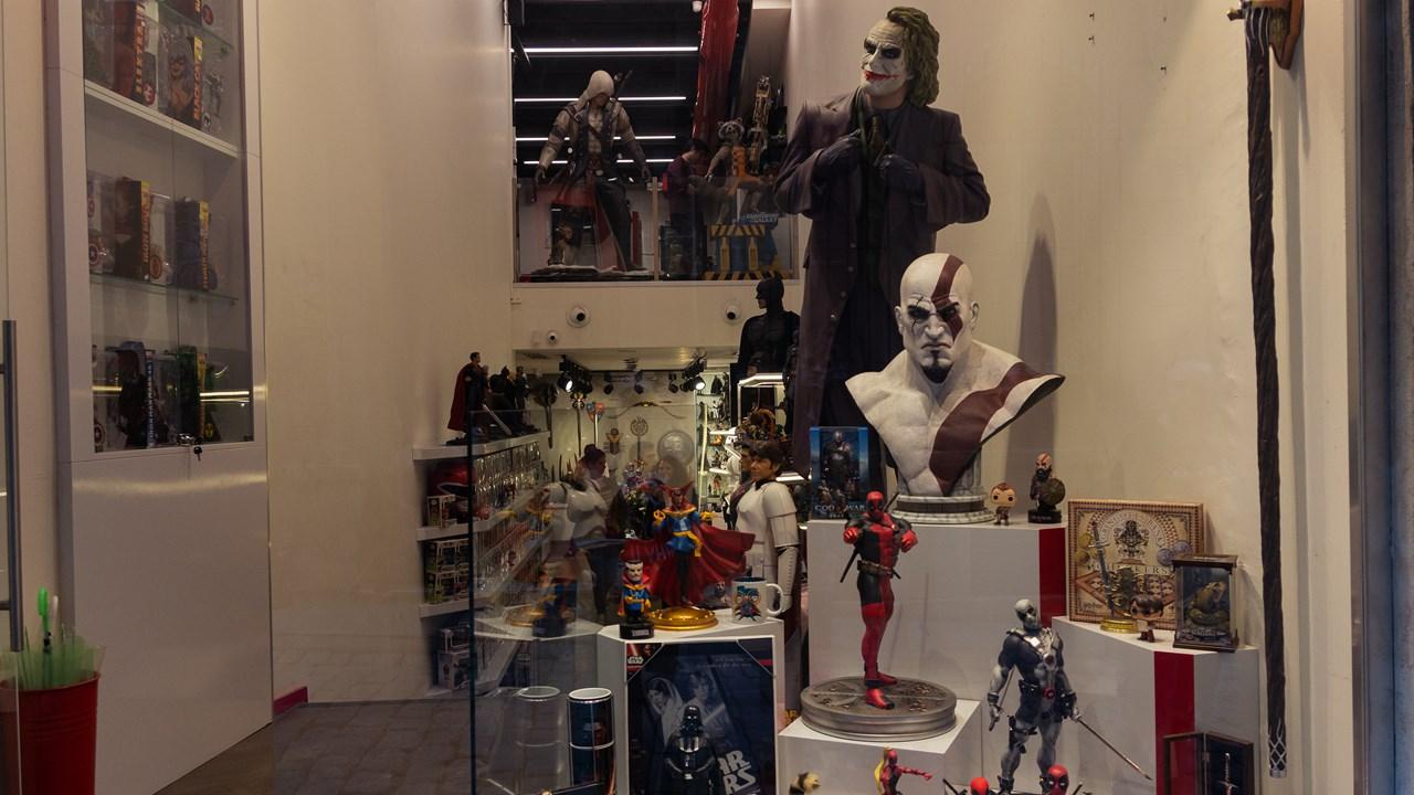 Магазин игрушек из комиксов